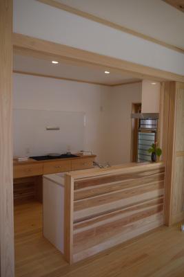 伊那市荒井K邸「太陽光・蓄電池・薪ストーブを備えた自然エネルギーの家」